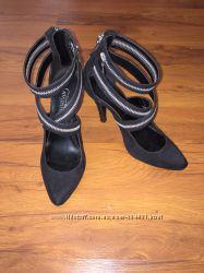 Красивые туфельки NewLook