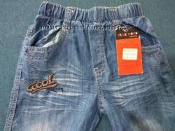Легкие джинсы на резинке
