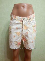 Женские шорты, цветочный принт.