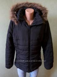 Женская куртка осень - весна, можно на теплую зиму.