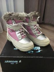 Зимние термо ботинки Scanbia Италия  размер 18 см
