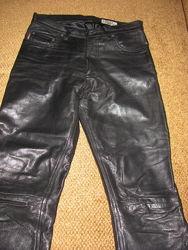 Натуральные мужские кожаные штаны