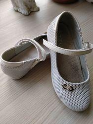 Туфли на девочку р.30