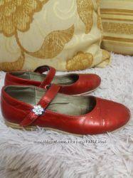 Туфли ярко красные нат. кожа Lapsi р. 32