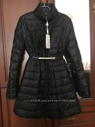 Шара Красивая куртка-пальто с поясом.