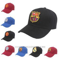 Бейсболки с лого футбольных клубов Barcelona Milan Chelsea Bayern Munchen
