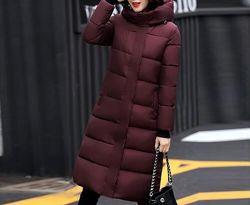 Теплые куртки, зимние, разные цвета.