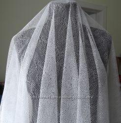 продам ткань. белая и айвори. ширина 1. 60