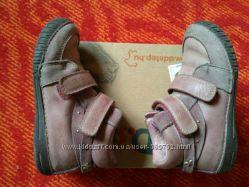 D. D Step ботинки