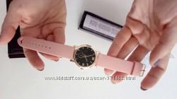 Часы Avon Дина