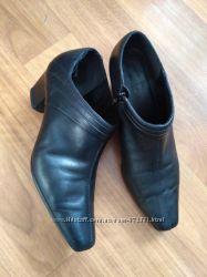 Кожаные ботильоны, туфли geox на небольшом устойчивом каблуке 38 размер