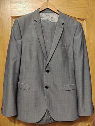Next мужской серый костюм из тонкой шерсти. Состояние нового