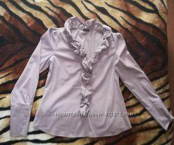 Блузка с оборкой