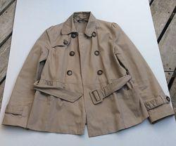 Короткий тренч- куртка бежевого цвета, размер 36