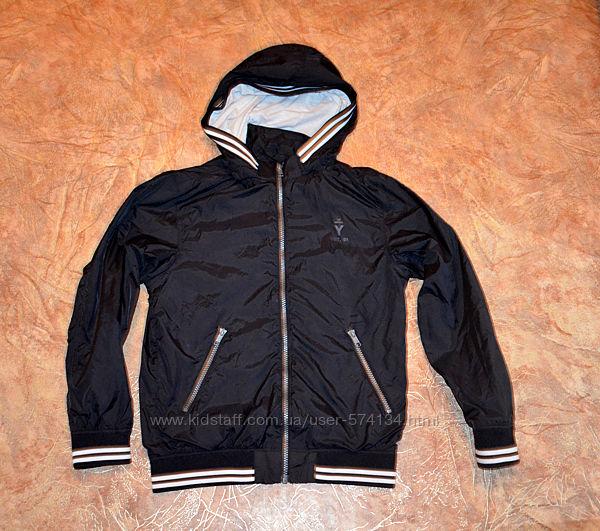 Классные куртки-ветровки в идеальном состоянии