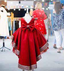 Шикарное нарядное платье на 1 год с шлейфом Прокат по всей Украине