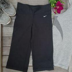Бриджи капри Nike XS