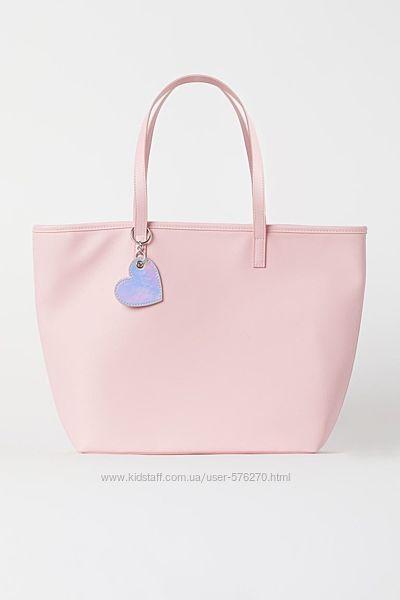 Сумка Shopper от бренда H&M.