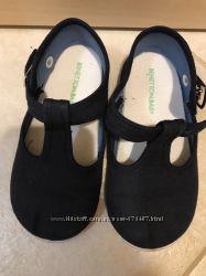 Парусиновьіе туфли на девочку