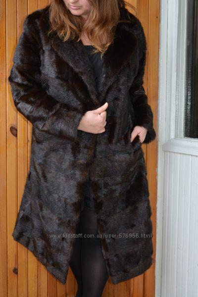 Длинная, тёмная норковая шуба- поперечка Saga Mink.