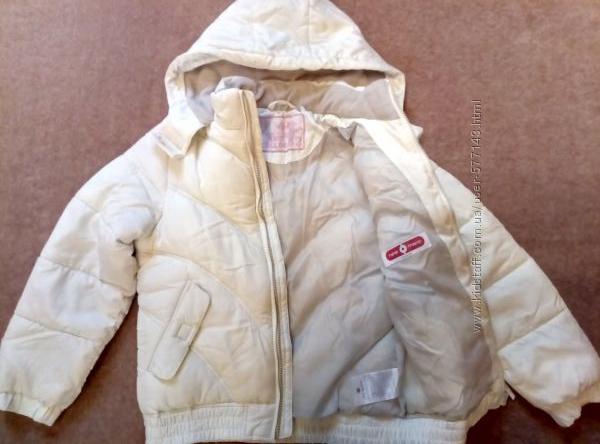 Белая зимняя куртка Here There на девочку 7-9 лет