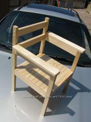 Детский стульчик с подлокотниками
