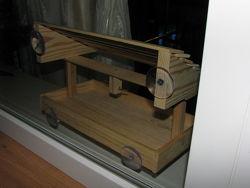 Кормушка деревянная односкатная
