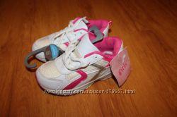 Новые кроссовки TU 11 размер