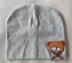 Серая шапка в крапинку с мишкой р. 47-48