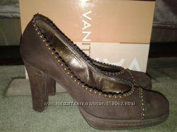 Красивые туфли Vanity, Италия.