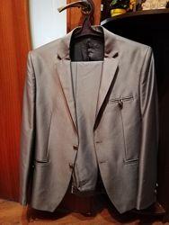 Стильный мужской костюм по фигуре, р. 50-52