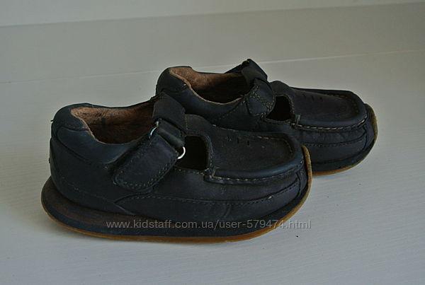 Летние туфли Clarks