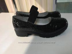 Красивенная и качественная обувь Школа 2017