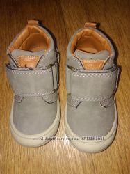 Демисезонные ботиночки на мальчика, р. 22-23