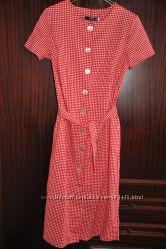 Платье на пуговицах. р. EUR 40-42, М-L