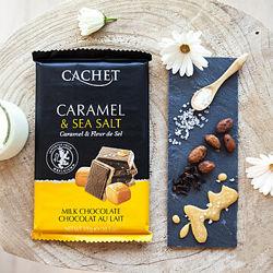 Молочный шоколад с кусочками карамели и морской солью, 300 грамм. TM Cachet