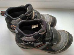 Демисезонные ботиночки для мальчишки