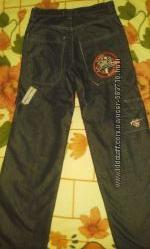 Черно-серые шикарные джинсы для мальчика. м размер подростковые