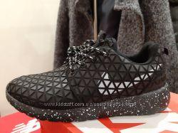 Кроссовки Nike Roshe Run Metric размер 38 , стелька 24 см.