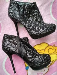 ботинки, ботильоны в пайетки на высоком каблуке, 40 размер, от new look