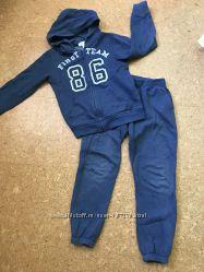 Спортивный костюм на 6 лет