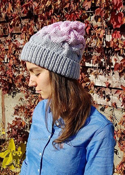 Вязаная шапочка  бини косами градиент ручной работы