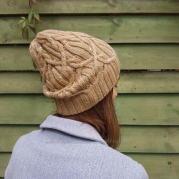 Вязаная шапка бини косами на весну и осень ручной работы меринос