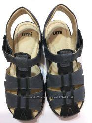Сандали кожаные Umi размер  размер 30, 31, 32, 33