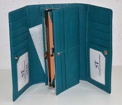 Кожаный кошелек ST, отдел для карточек.