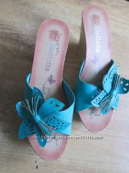 пантолеты  голубого цвета