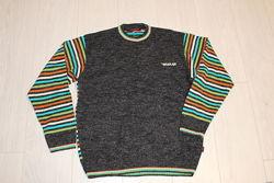 Яскравий  і класний  чоловічий  светр розмір  XL
