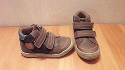 Кожаные ботинки на липучках  Bobbi Shoes Бобби Шуз р.25 Стелька 15 см