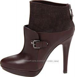 Оригінальні черевички від Caressa - 8. 5 M US