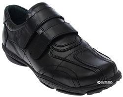 Шкіряні спортивного типу туфлі Lapsi р. 35, нові.